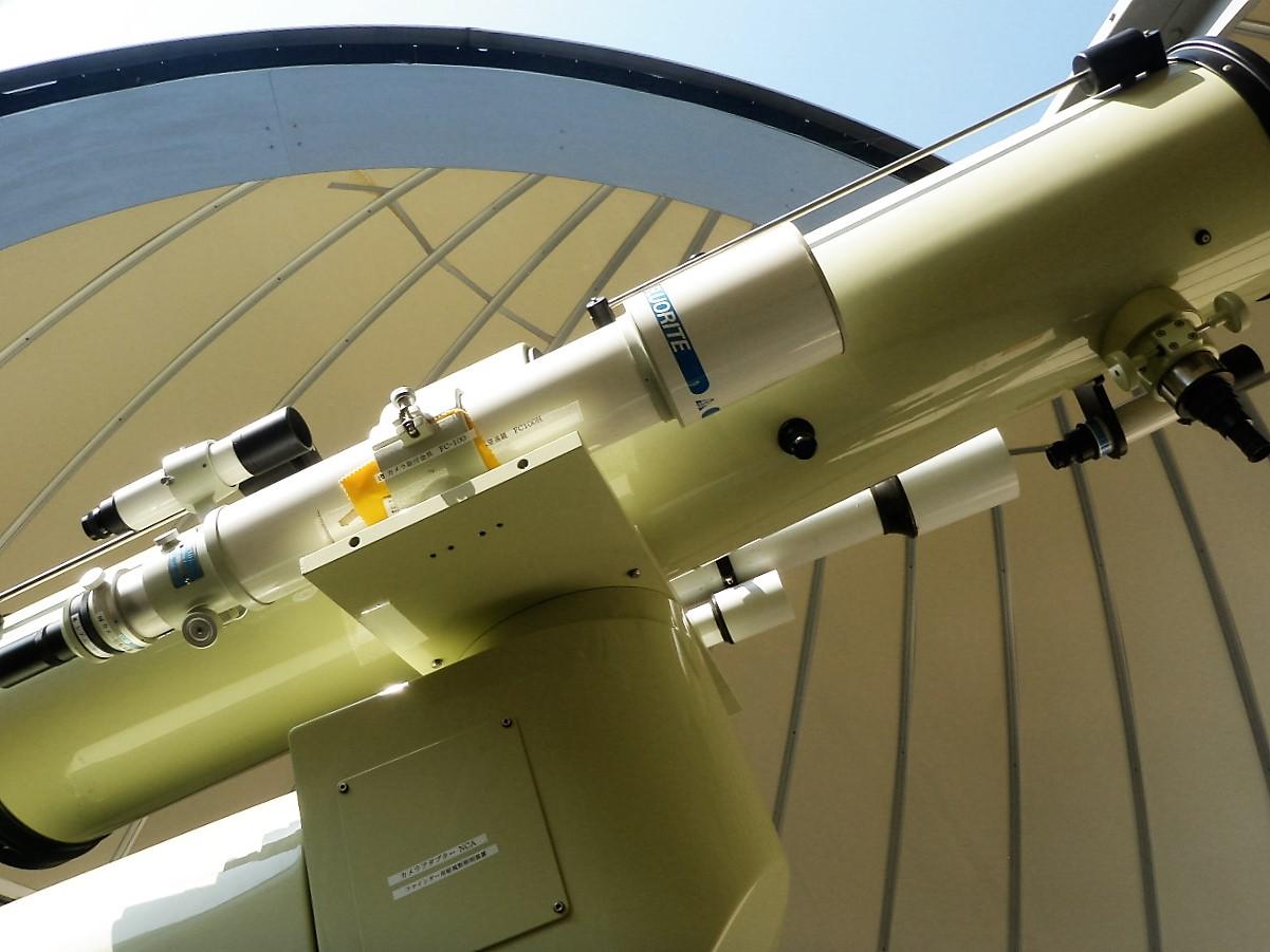 天体望遠鏡の写真